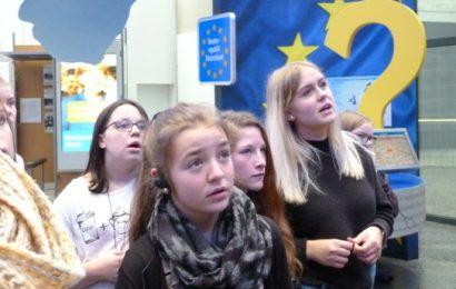 Besuch der französischen Schülerinnen und Schüler